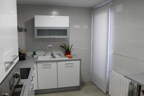 Cortinas para cocinas que ponemos blog tecnocortinas - Estores de cocina ...